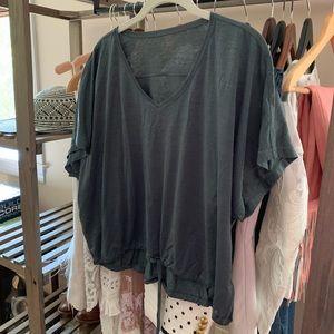 Lululemon top. Size 6.